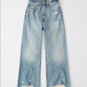 Abercrombie & Fitch Hi Rise Wide a leg Jeans NWT